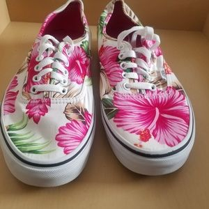 Van's Hawaiian floral slip on shoes size 11 Women